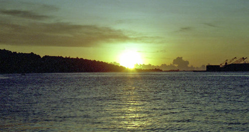 energy_transition_sunset_tahiti_flickr